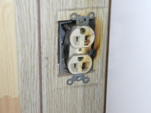 how to fix a burnt electrical outlet