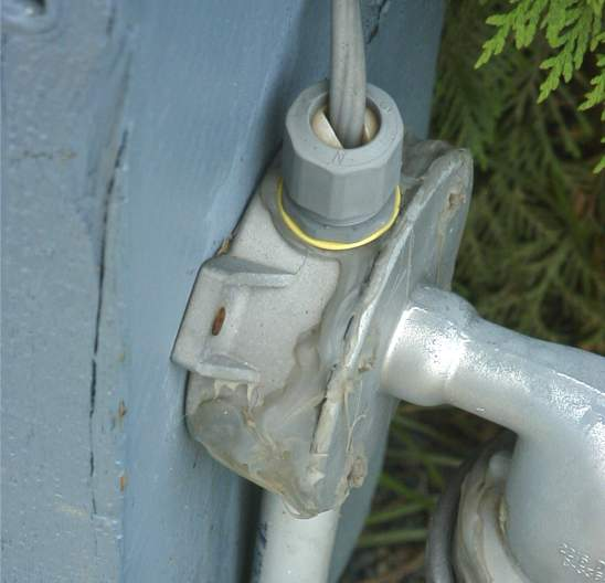 Light Pole Installation Near Me: Topic: >> Exposed UF Cable