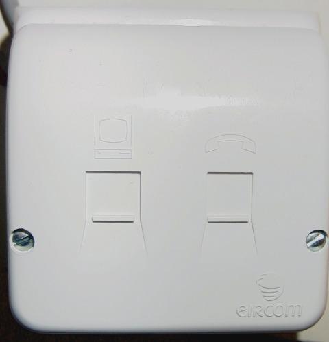 irish telephone connectors ecn electrical forums rh electrical contractor net Nema L6-20R Wiring-Diagram Nema L6-20R Wiring-Diagram